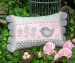 The Rivendale Collection by Sally Giblin - Daisy Doo Cushion Pattern